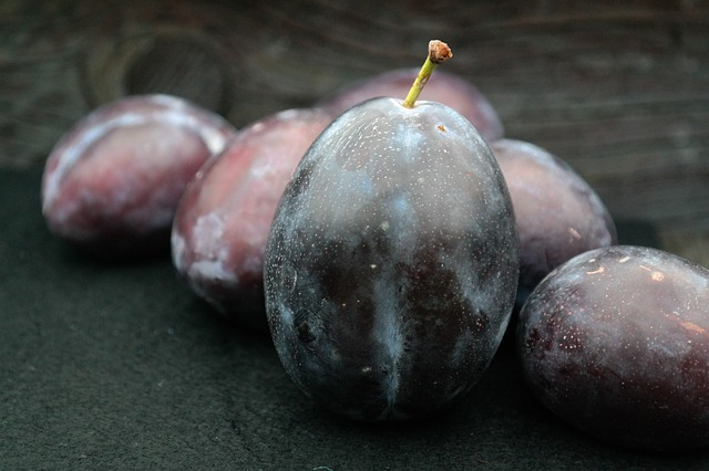 Treat diabetes with Black Plum