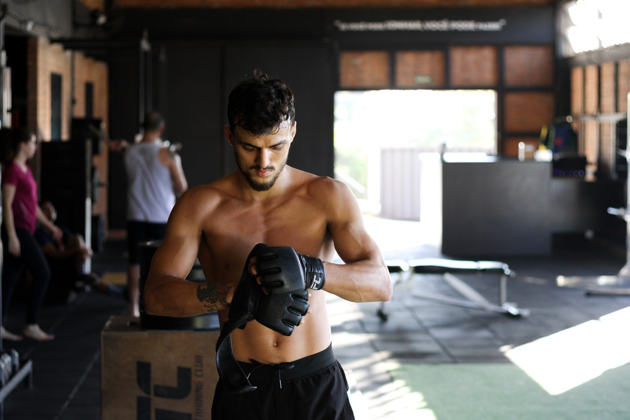 How To Sweat But Not Smell At The Gym