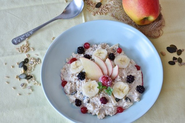 Porridge with Greek Yoghurt