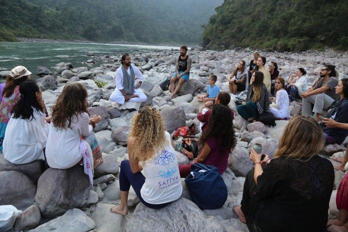 Teaching Tips Every Yoga Teacher Should Know