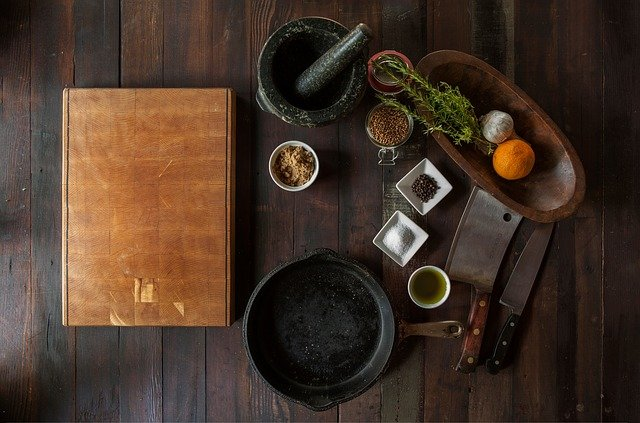 Benefits of using cast iron cookware